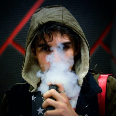 Is it True That Vaping Increases the Chances of French Teenagers Smoking?